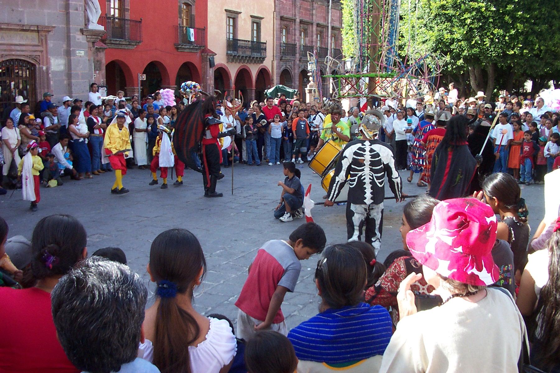 festa-san-miguel-de-allende-guerro-mexico
