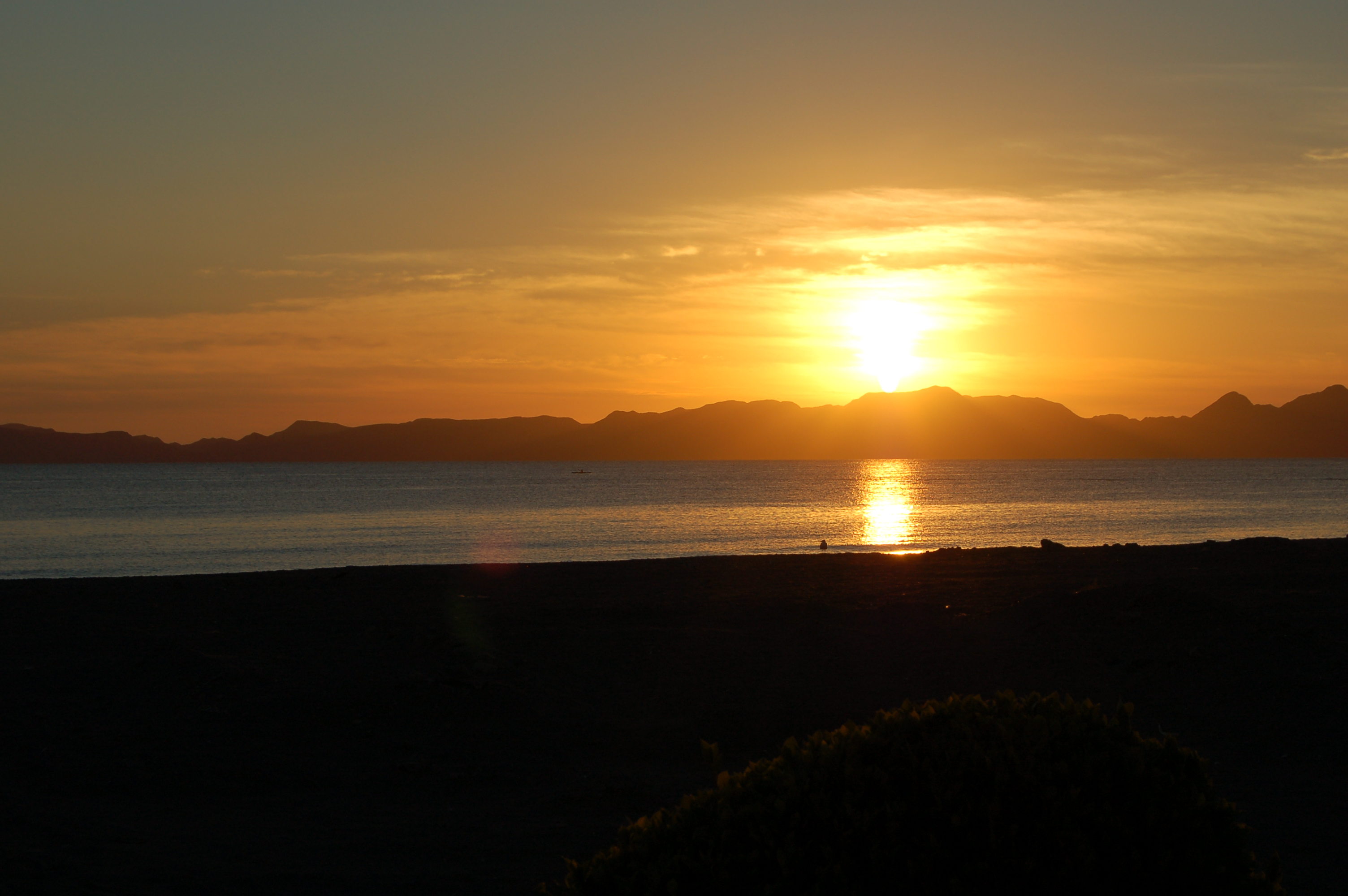 sunrise-loreto-baja-sur-mexico