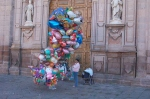 balloon-girl-morelia-michoacan-mexico