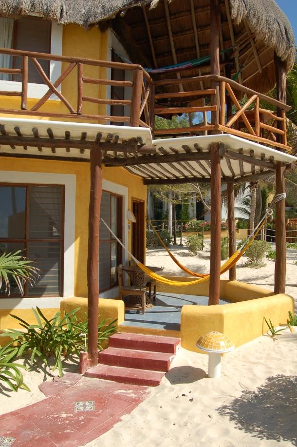 Mahekal Beach Resort Bungalow