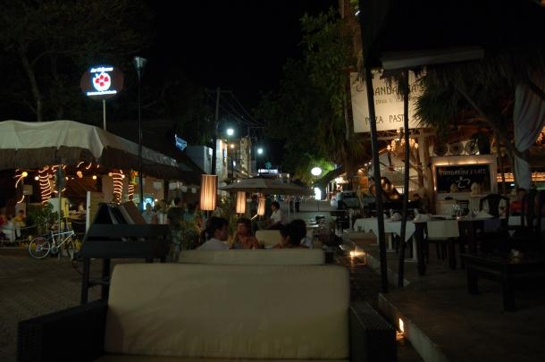 La Quinta at Night, Playa del Carmen